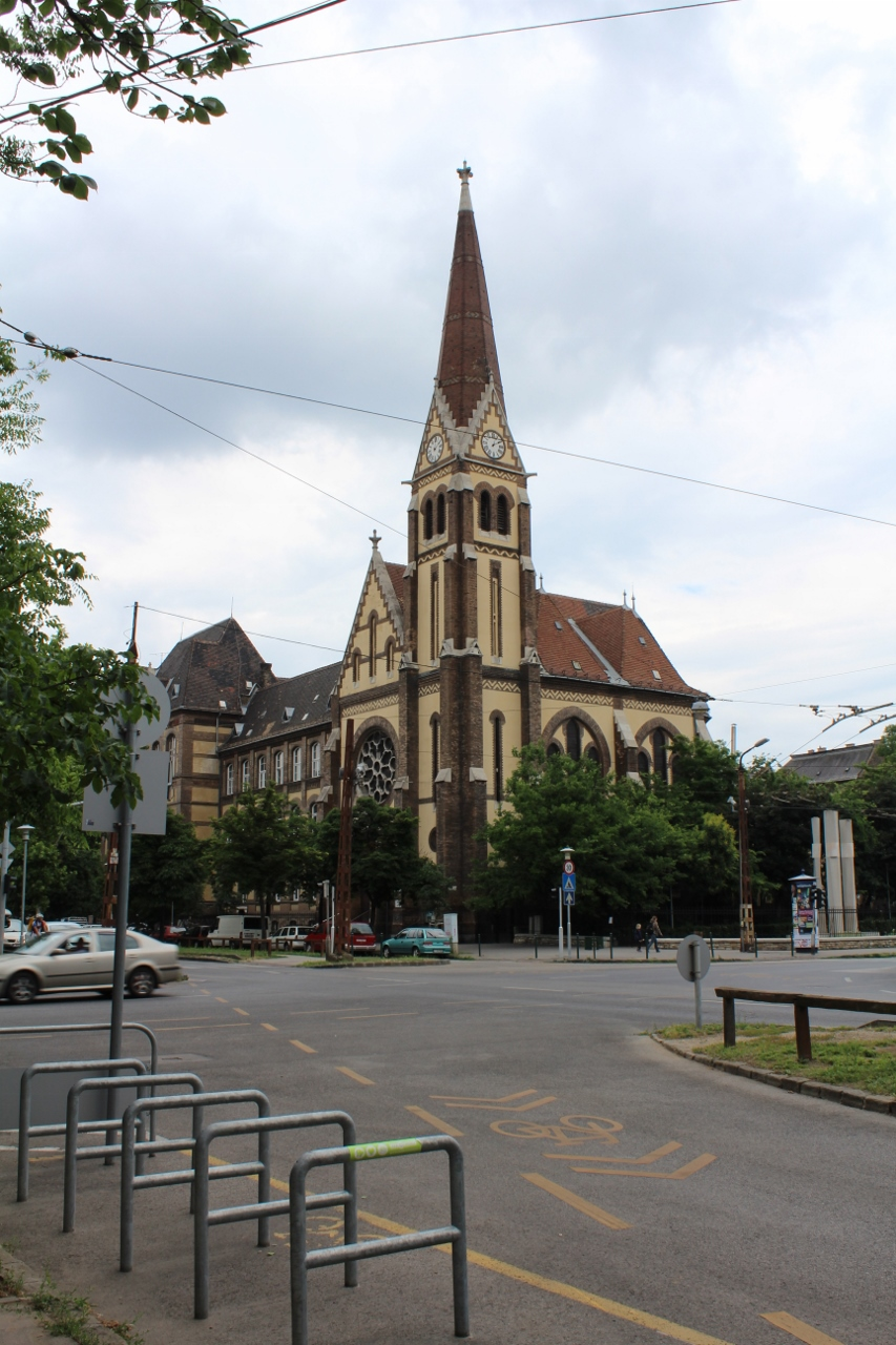 Exploring Budapest, Church