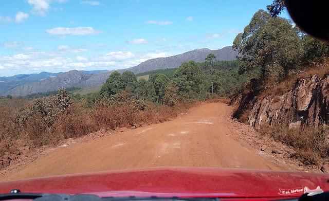 Estrada Real rumo a Lavras Novas.