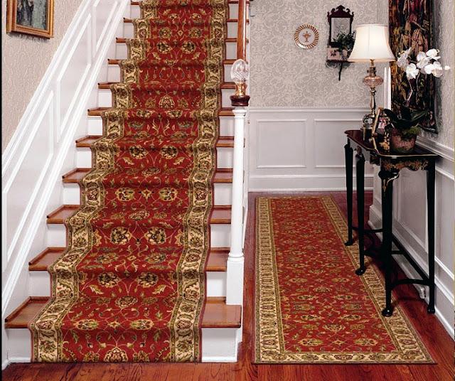 menata karpet tangga