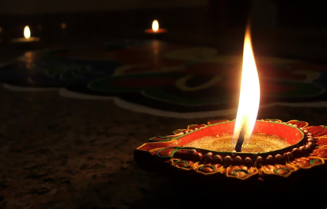 Happy-diwali-saying