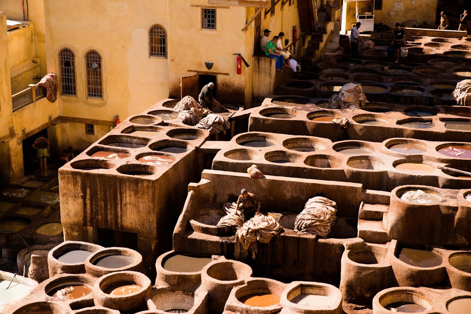 liquidgrain liquid grain blog fes fez tannery morocco travel blogger