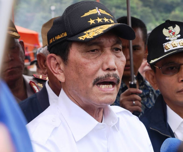Perwira Aktif TNI Masuk Lembaga Sipil, Luhut: Ada yang Keberatan?