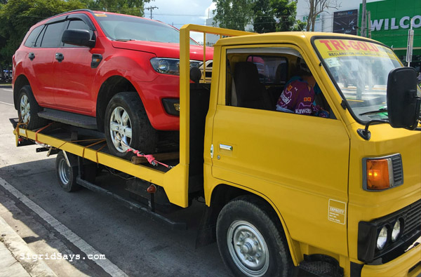 Bacolod towing service - roadside assistance