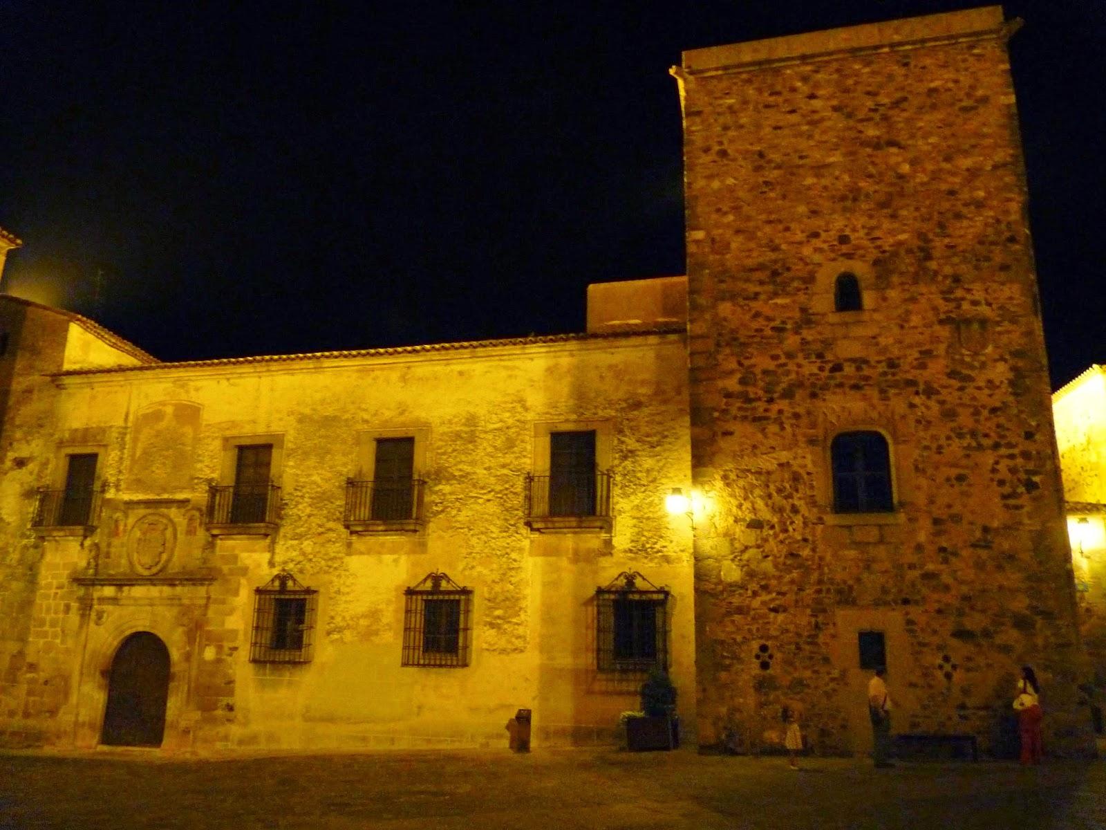 Cáceres, Plaza Santa María, Palacio de Hernando de Ovando.