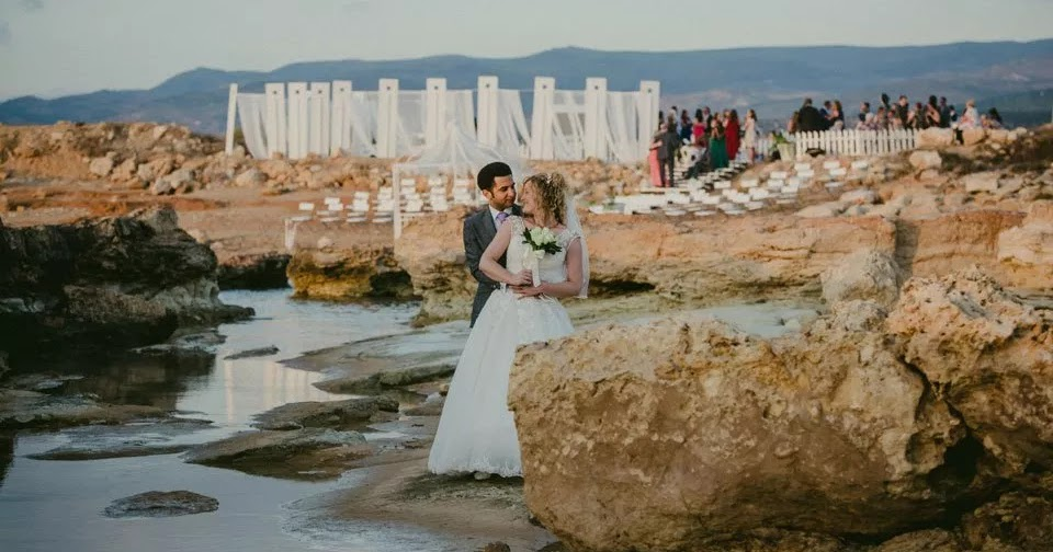 Create Your Dream Wedding Today At Live Love Beach