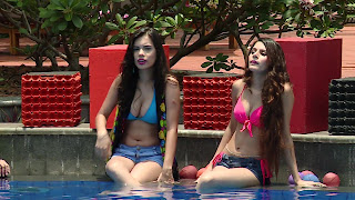 14 Splitsvilla 9 Girls bikini Boobs.jpg