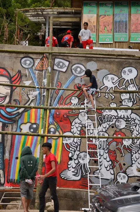 Tamawan Village Making of a Graffitti Mural Baguio City Philippines 55