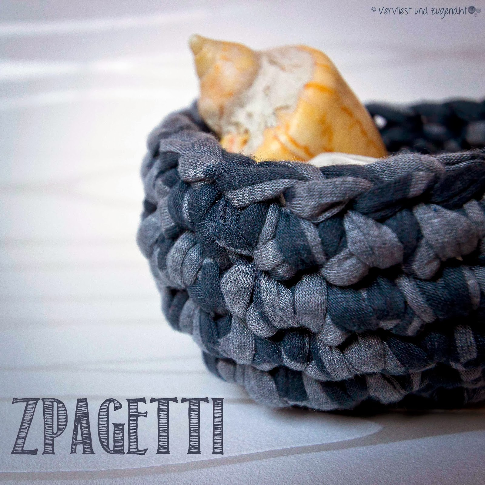 Vervliest Und Zugenäht Zpagetti Körbchen