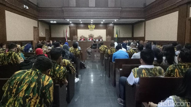 Saksi: Seluruh Anggota Komisi VIII DPR Terima Uang Korupsi Alquran