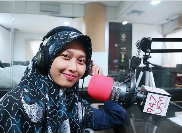 Pengalaman Siaran di Radio untuk Pertama Kalinya