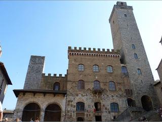 San Gimignano, Palacio del Podestá y Torre Rognosa.