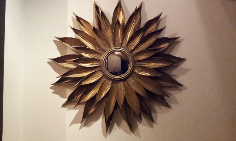 espejos sol realizados con materiales naturales distinas en formas texturas y tamaos