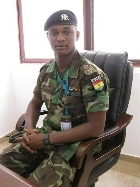 So painful!  A Young military officer named Captain Maxwell Mahama 'mistaken' for armed robber lynched and burnt to death by throng in Ghana. (Graphic photos)