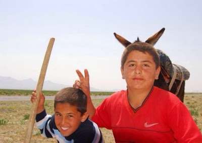 Foto de niños y burro