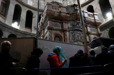 Jesus Tomb In Jerusalem Re-Opens After Nine Months Restoration 5
