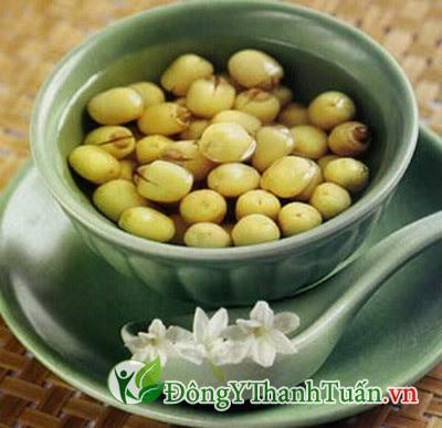hạt sen là thực phẩm chữa đau lưng
