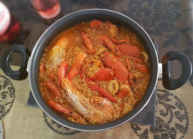 cazuela de arroz con mariscos (II)