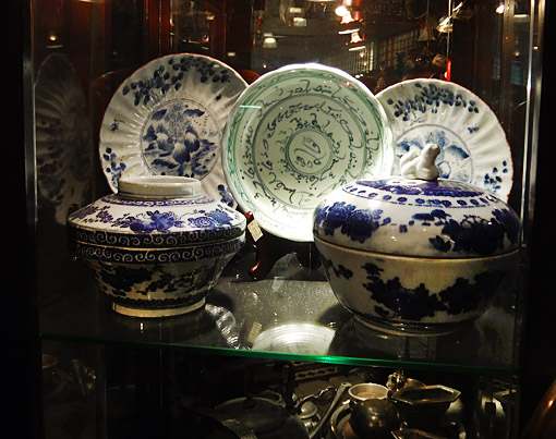 Antique white blue Chinese porcelain from a ship-wreck
