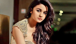 alia-bhatt-gives-answer-on-marriage-question