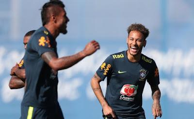 Tite ensaia escalação para estreia na Copa com quarteto ofensivo