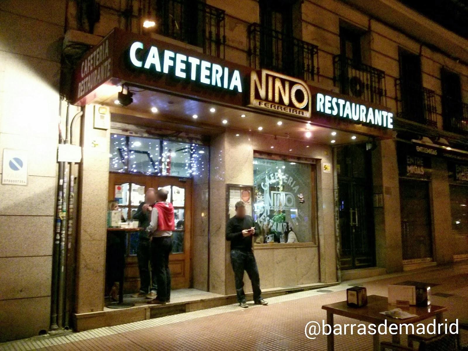 Entrando Un Restaurante