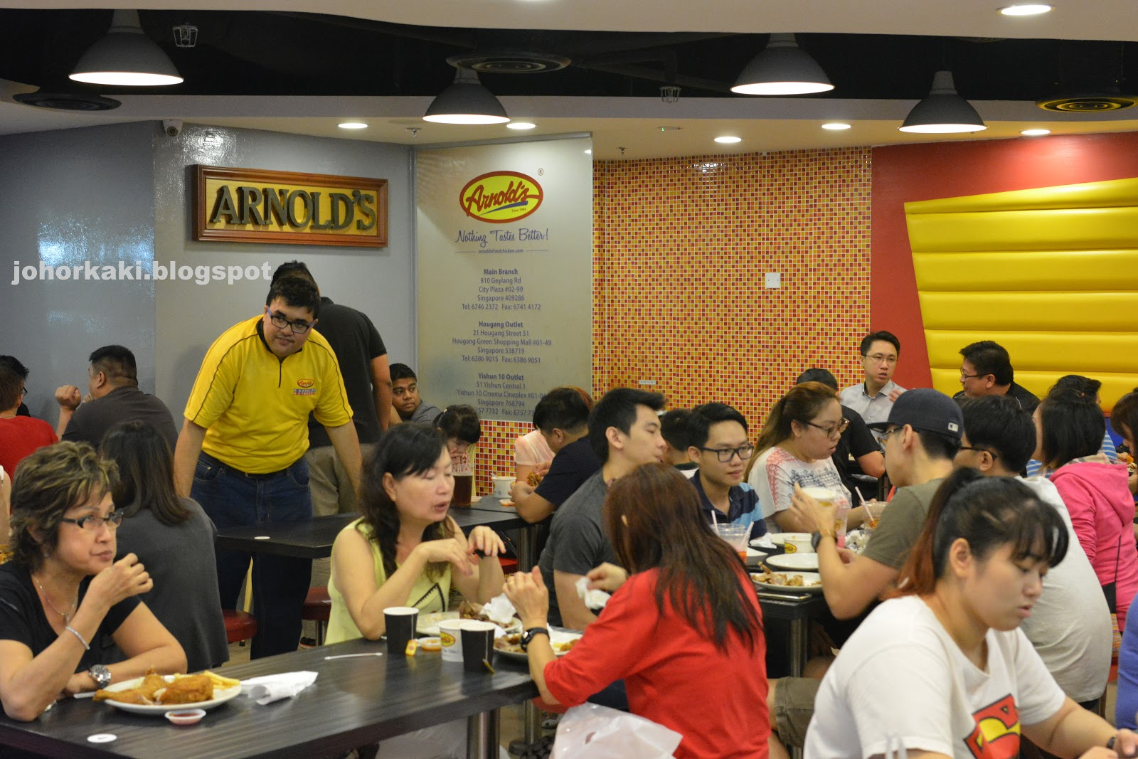 Arnold S Fried Chicken Singapore S Own Best Loved By Locals Johor Kaki Travels For Food