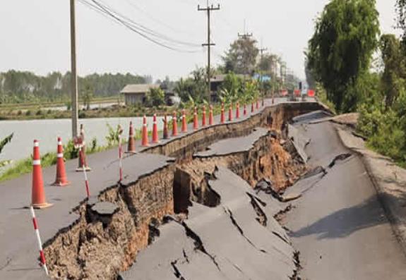 7.5-magnitude earthquake hits Papua, New Guinea