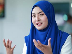 """Thumbnail image for """"Saya Diugut Bunuh Oleh Peminat Fanatik"""" – Wany Hasrita"""