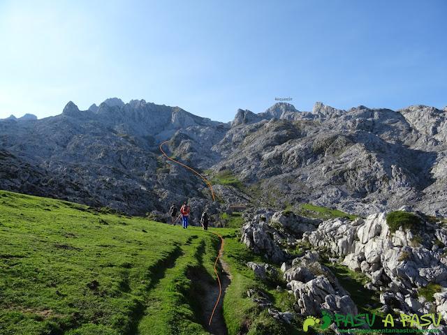 Ruta Requexón - Cotalba: Refugio de Vegarredonda