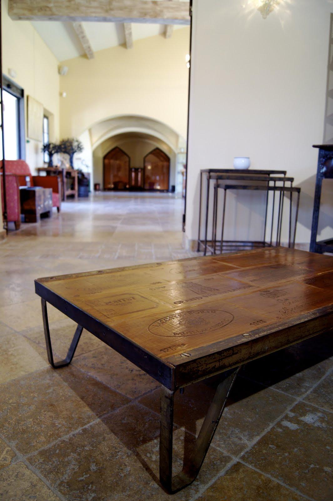 table basse palette sncf atelier industriel. Black Bedroom Furniture Sets. Home Design Ideas