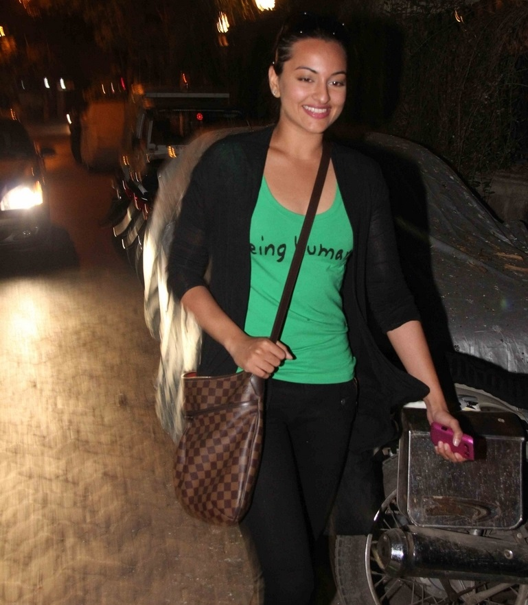 Kollywood Actress Sonakshi Sinha Smiling Face In Green Top Black Jeans