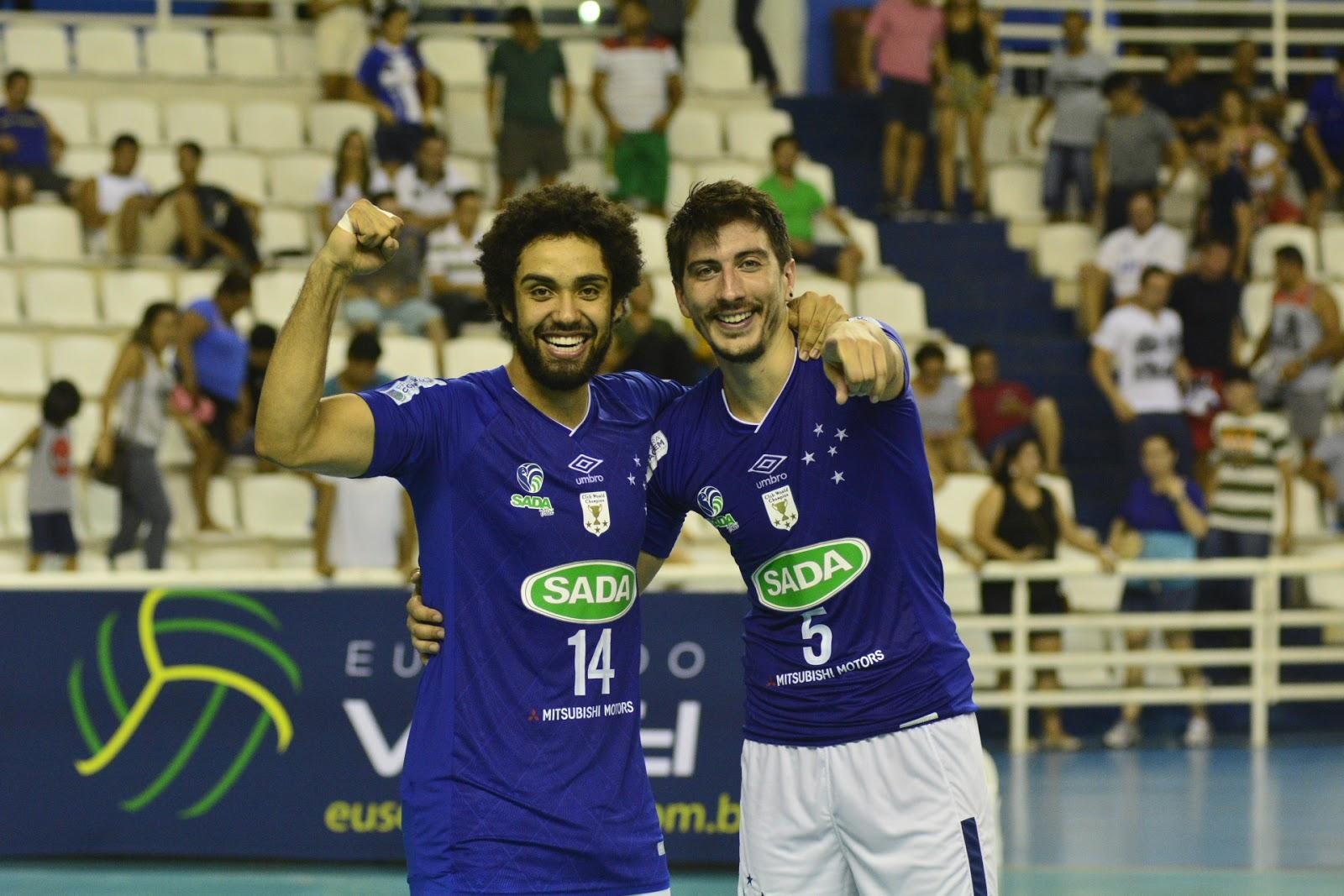 Manaus AM - O primeiro jogo da Superliga Masculina de Vôlei em Manaus AM  foi pura emoção na noite deste sábado (02 12) 3c563390e3652