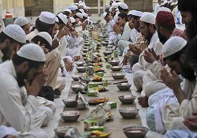 ini bertujuan supaya puasa sanggup lancar seharian selama bulan ramadhan Tips Sehat Bugar Saat Berpuasa