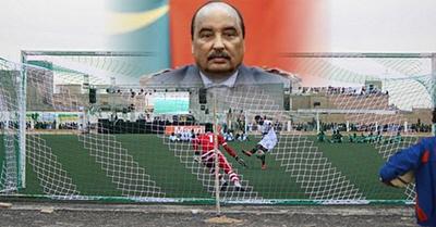 ο δικτάτορας της Μαυριτανίας, Μοχάμεντ Ουλντ Αμπντέλ Αζίζ, Σούπερ Καπ, διέκοψε, πέναλτι
