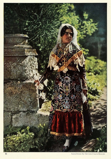 Old Photos of Ethnic Spanish in 1924 ~ vintage everyday