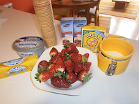 Tarta de queso y fresas.
