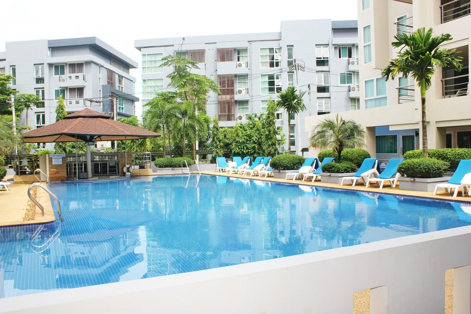 Patong harbor view condominiums patong beach serviced for Patong apartments