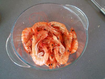 Langostinos cocidos para ensalada