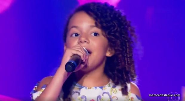 Santacruzense Julia Costa se apresenta bem, mas não passa da segunda fase do The Voice Kids