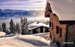 Snowy Roof Windows 7 Theme