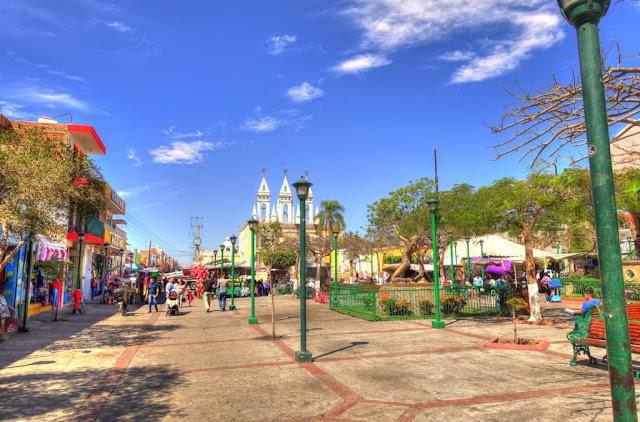 Avenida Chapultepec, l'une des zones les plus animées de Guadalajara.