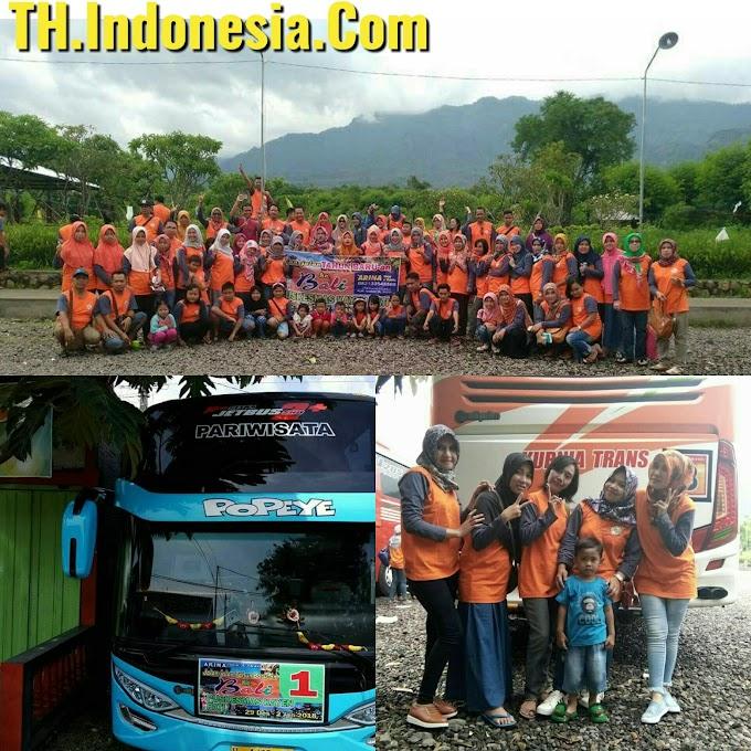 Tour Wisata Ke Bali Keluarga Besar Puskesmas Kayen Bersama Arina Tour & TRAVEL