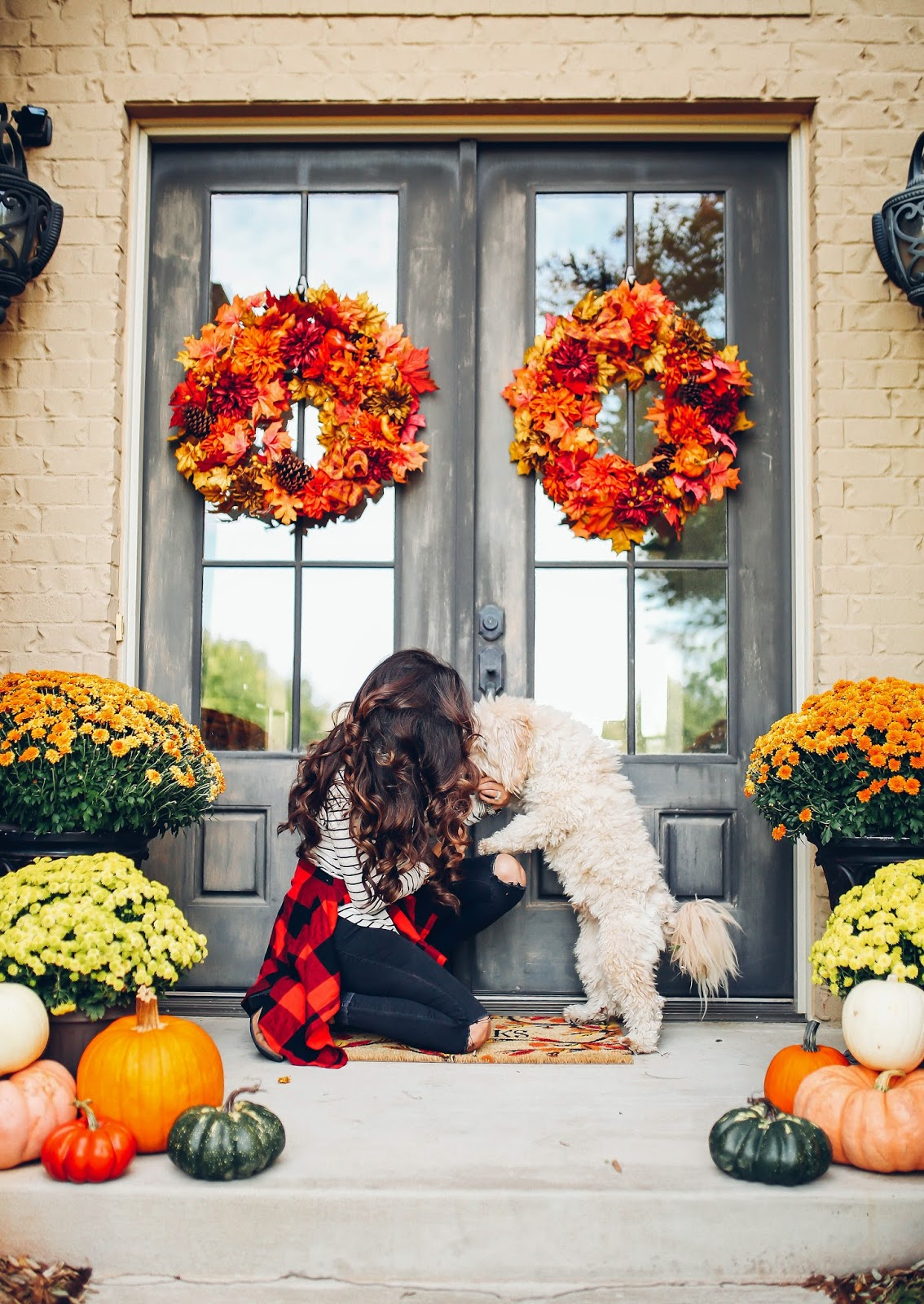 Our fall front porch decor the sweetest thing - Fall decorating ideas for front porch ...