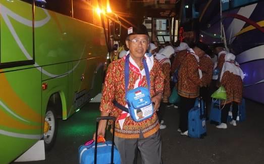 Rombongan Calon Haji Asal Selayar, Tiba Di Asrama Haji Sudiang Makassar