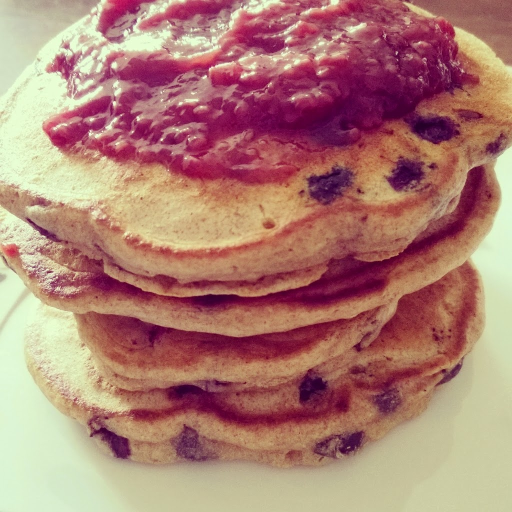 Pancakes Mit Mandelmilch Healthy Food And Lifestyle Blueberry Schoko Pancakes