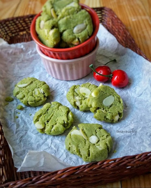 Almond Green Tea Cookies