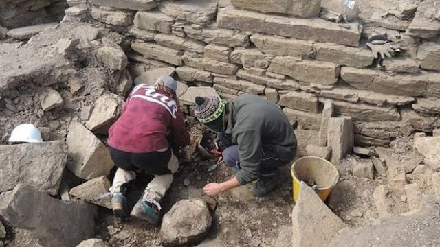 Archaeologists uncover clues to life of Iron Age man