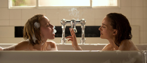 planterium-movie-trailer-images-poster-natalie-portman-lily-rose-depp
