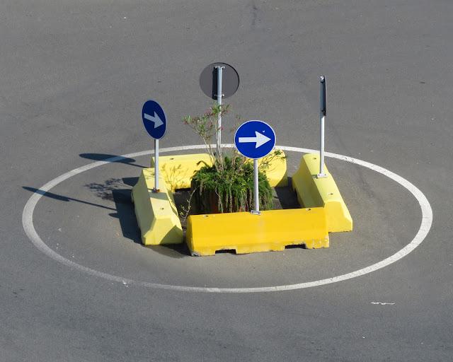 The square roundabout, Piazzale dei Marmi, Livorno