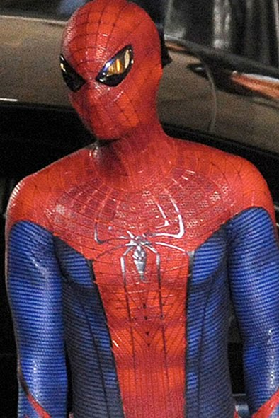 Quote  Filming is already underway on Marc Webbu0027s Spider-Man (quasi) reboot The Amazing Spider-Man and since production began a plethora of set images ... & toyhaven: Spideyu0027s New Costume!